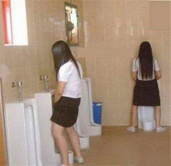 アジア女性は立ちション?